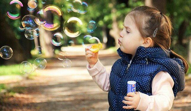 Die Vorteile der Protonentherapie bei Krebserkrankungen im Kindesalter werden von Ärzten eindeutig anerkannt